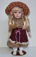 Porcelánová panenka Anna - 32 cm