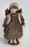 Porcelánová panenka Glorie - 32 cm