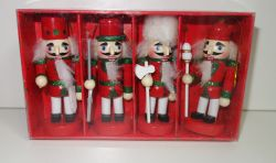 Dřevěné figurky balení 4 ks.10 cm