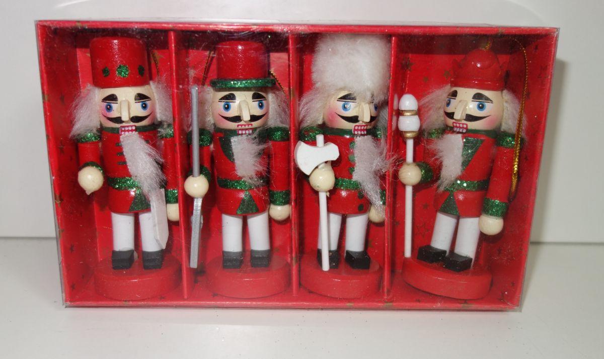 Dřevěné figurky balení 4 ks (098119)