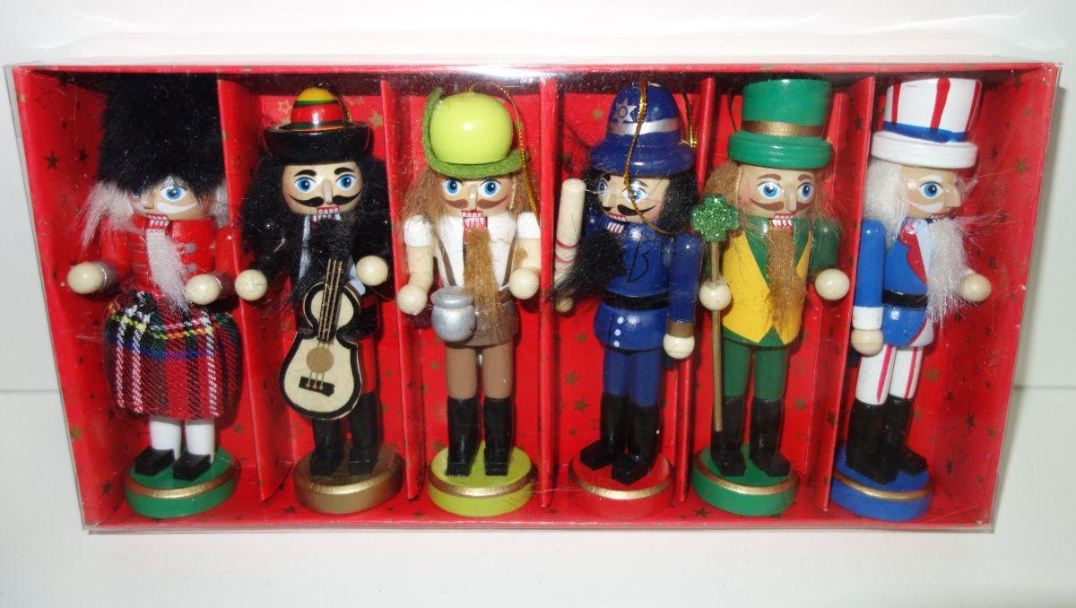 Dřevěné figurky balení 6 ks (098120)