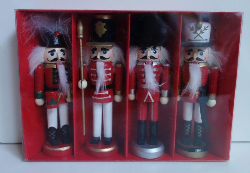 Dřevěné figurky balení 4 kusy (098103)