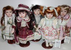 Porcelánová panenka Anežka - 32 cm (032206)