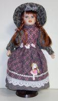 Porcelánová panenka Inka - 42 cm (042726)