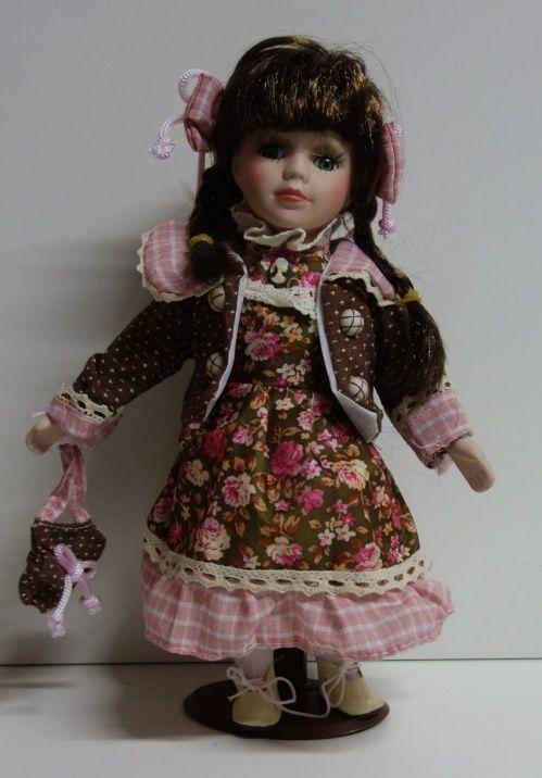 Porcelánová panenka Jůlie - 32 cm (032222)