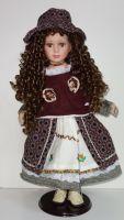 Porcelánová panenka Sarah  63 cm