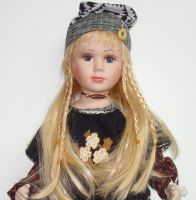 Porcelánová panenka Andělka 63 cm (600008)