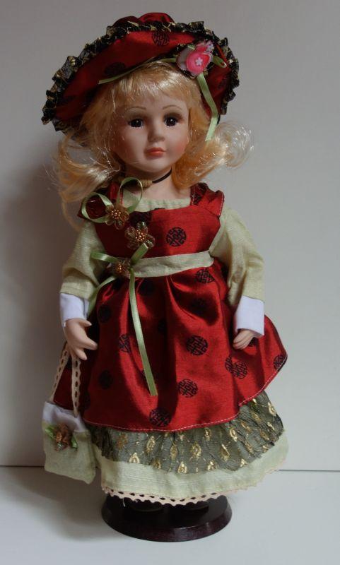 Porcelánová panenka Magda 50 cm (570010)