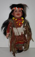 Porcelánová panenka Indián - 32 cm
