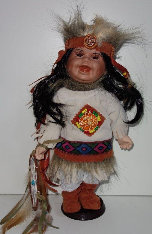 Porcelánová smějící se Indiánka (0420250)