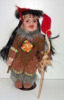 Porcelánová panenka Indián - 32 cm  (0420251)