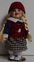 Porcelánová panenka  - 22 cm (025197)