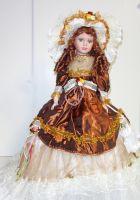 Porcelánová  panenka Magda 57 cm (570014)