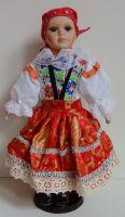 Porcelánová panenka v kroji - 42 cm (420015)