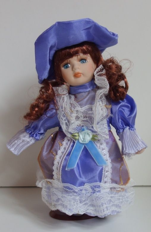 Porcelánová panenka - 22 cm (025169)