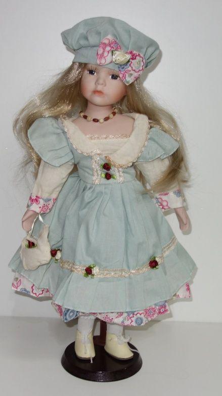 Porcelánová panenka Vende - 42 cm (042610)