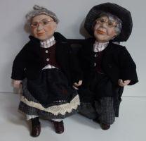 Porcelánová dvojice - Bábča s dědkem 35 cm (035062)