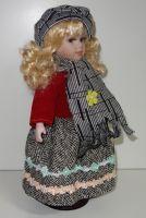 Porcelánová panenka Anežka  - 32 cm
