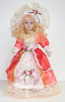 Porcelánová panenka Světlana - 42 cm
