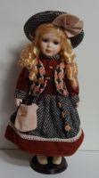 Porcelánová panenka  Veronika - 42 cm